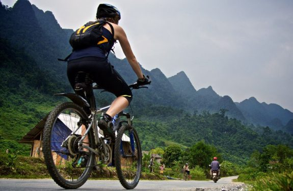 Riders ready for Vietnam Mountain Bike Marathon