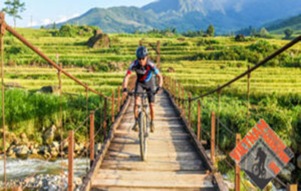 Đua xe đạp leo núi tại SaPa